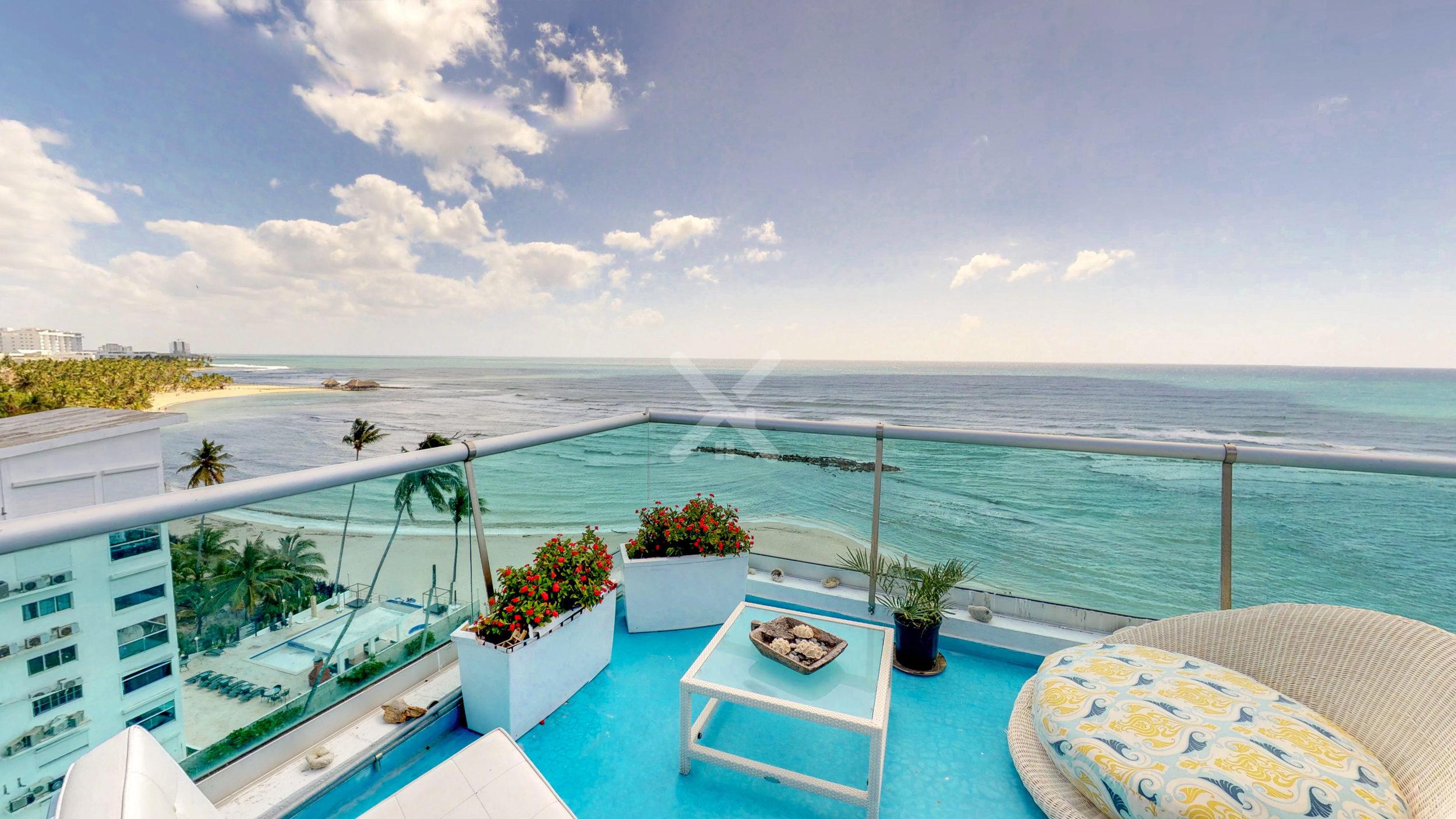 Penthouse over the sea For Sale in Juan Dolio