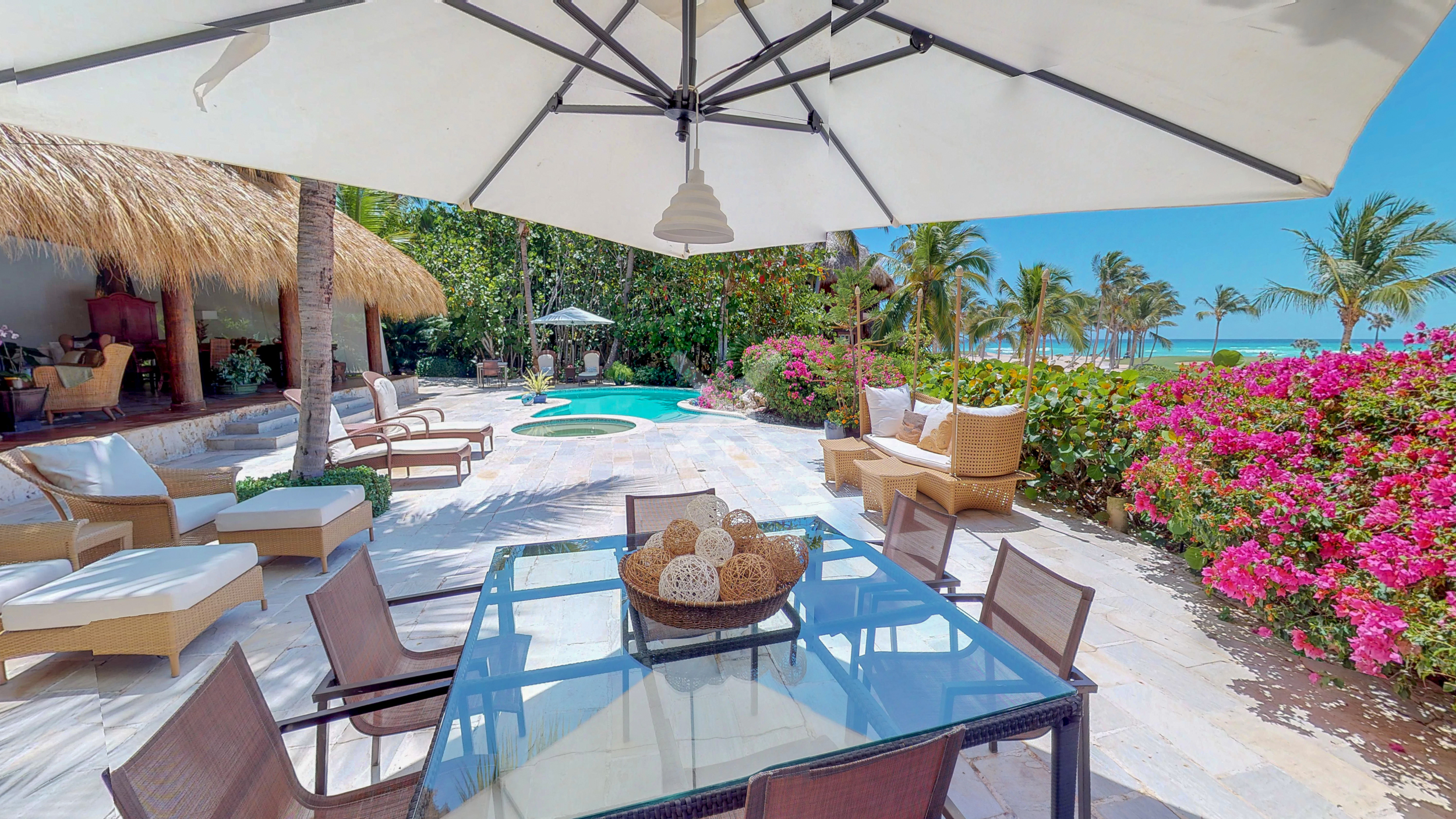 Luxurious and Spectacular Villa Caleton For Sale in Cap Cana