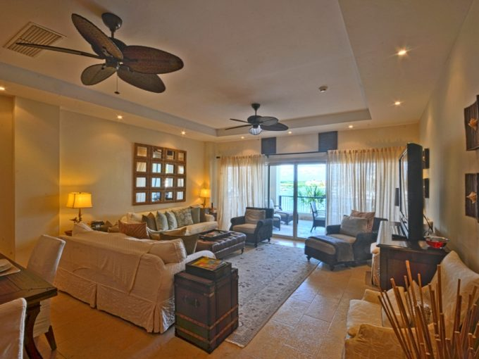 Confortable and cozy condo at Cap Cana, Punta Cana.